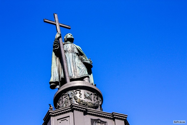 В хресній ході взяли участь понад 65 тисяч вірян з усієї  України