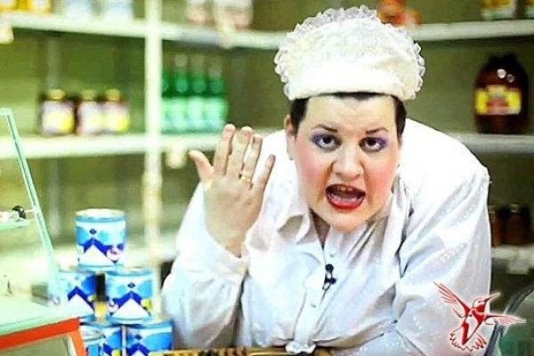Продавці вирішили нагодувати відомого священика з Тернопільщини гнилими сирками (Фото)