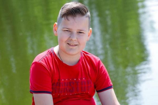 Десятирічний тернополянин Максим Кусьмій потребує нашої допомоги