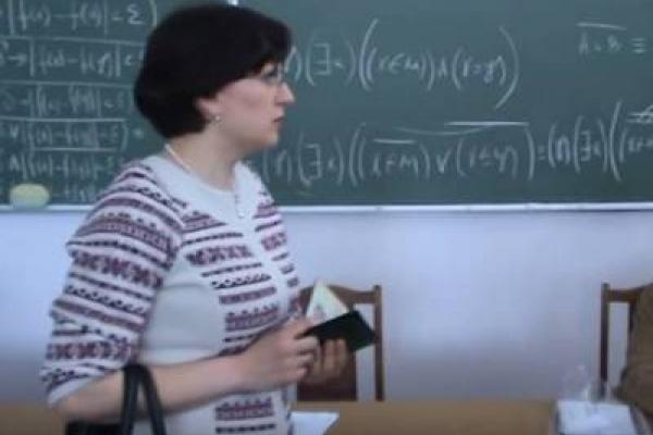 Академічний рекет: Як на Тернопільщині викладачку-антикорупціонерку намагаються позбавити житла