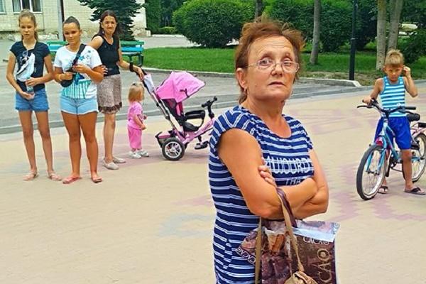 Тернопільська пенсіонерка погрожувала вибити зуби дев'ятирічній дівчинці (Фото)