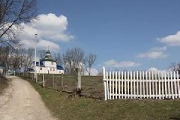 Голова ОТГ на Тернопільщині хоче «змести» село з лиця землі?