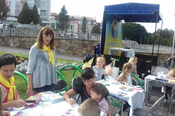Юні тернополяни на День міста обирали професії, проходили тестування, мріяли про майбутнє