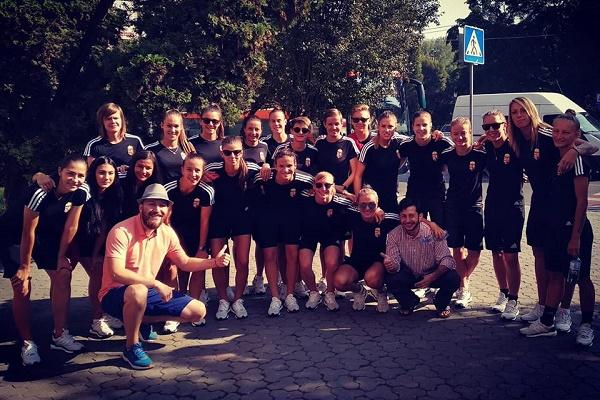 Тернополяни проводили екскурсію містом для футболісток збірної Угорщини