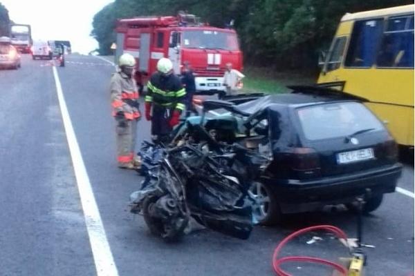 Водій не спорався з керуванням – причина смертельної ДТП поблизу Зборова