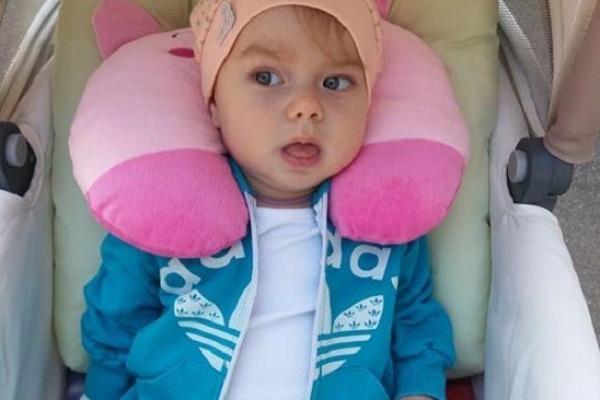 На Тернопільщині мати впевнена що страшна хвороба виникла у її доньки через вакцину (Фото)