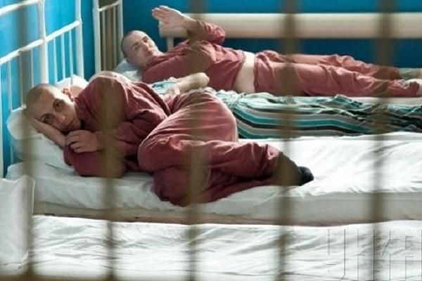 На Тернопільщині психічнохворих використовують як рабів
