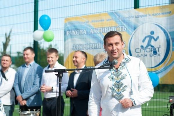 Тарас Юрик: будуємо спортмайданчики і відтак закладаємо фундамент для виховання майбутніх чемпіонів