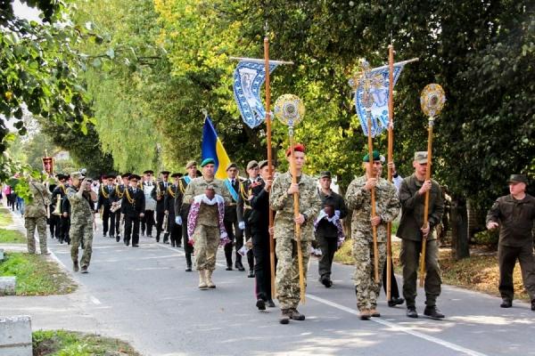 «Дякую Богові, якому служу»: у Зарваниці пройшла Х Всеукраїнська проща військових (Фото, Відео)