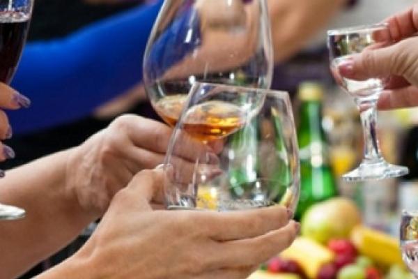 В робочий час працівники однієї з громад Борщівщини влаштували пиятику?