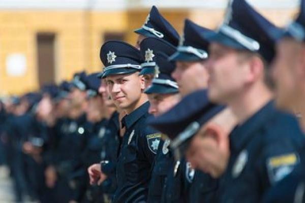 Масові звільнення патрульних: Вони «горіли» роботою, але система не хоче змін