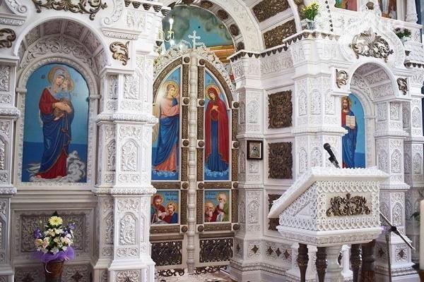 На Тернопільщині з'явився іконостас аналогів якого немає в світі (Фото)