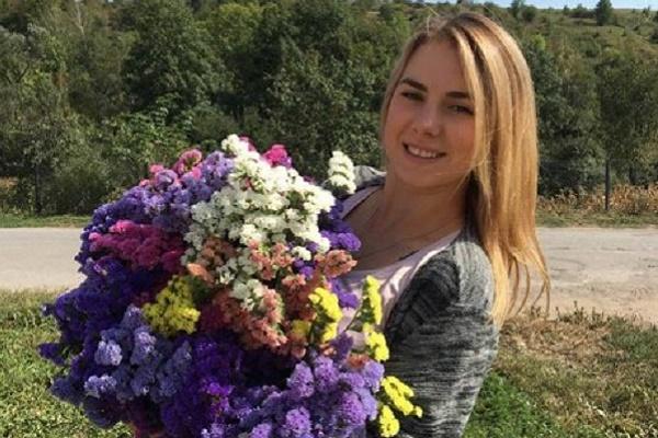 На Тернопільщині квітне дивовижної краси поле сухоцвітів
