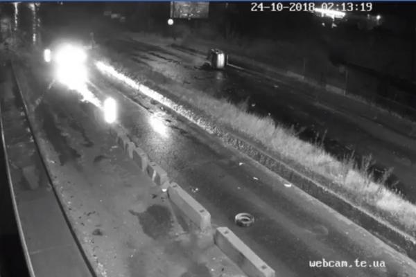 Вночі на Гаївському перехресті сталася жахлива аварія. Серед потерпілих – дитина (Відео)