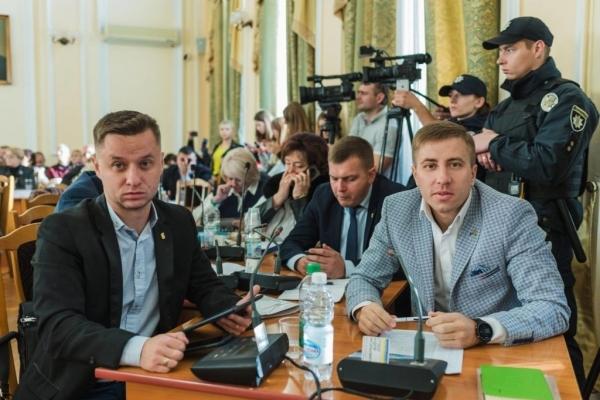 Депутати-націоналісти у Тернопільській міськраді – проти підвищення цін на газ для населення