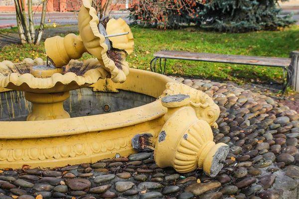 Вандали у Скалаті понищили фонтан (Фото)