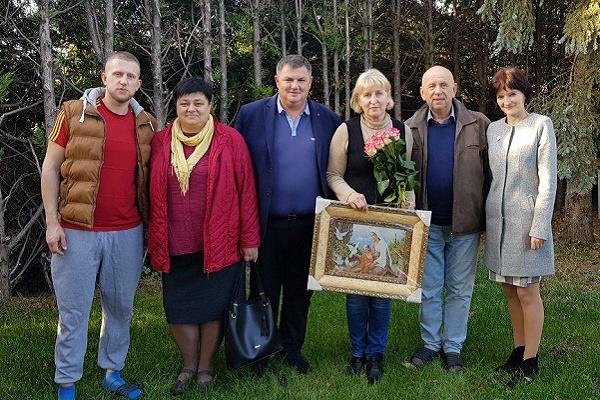 Вітання з 55-річчям письменниці, журналістці, фотохудожниці Валентині Семеняк-Штангей