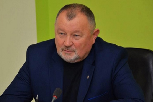Михайло Апостол заявив про призупинення громадської діяльності на час виборів
