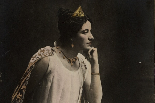 Соломія Крушельницька в образі Аїди на фото 1900 року