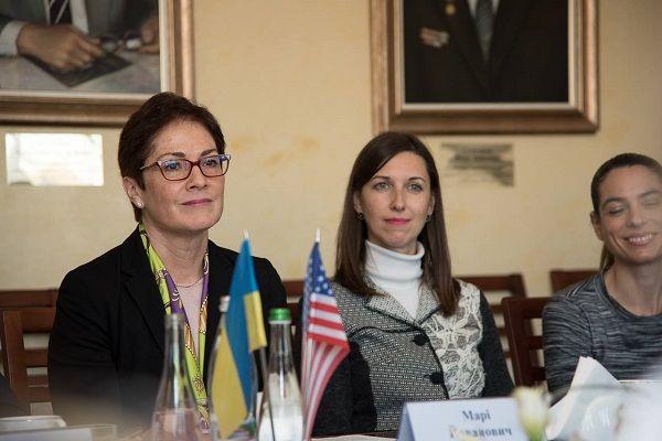 Посол США поділилась з тернопільськими викладачами секретами швидкого вивчення англійської мови (Фото)