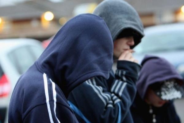 Київські молодики помстилися за заборону продавати алкоголь у нічний час (Фото)