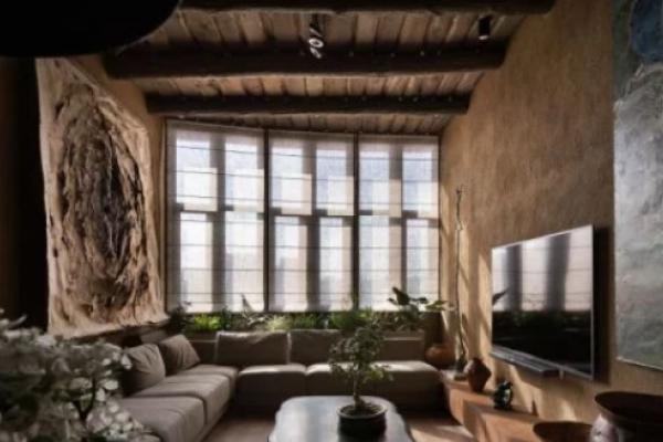 Квартира київського дизайнера перемогла у світовому архітектурному конкурсі: чим вона вражає (Відео)