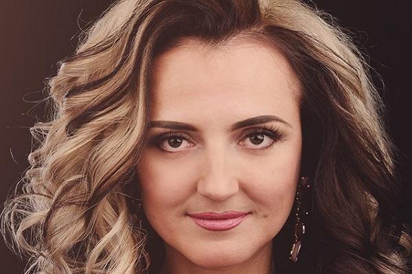 Cпівачка з Микулинець таємно знімала кліп в американському готелі