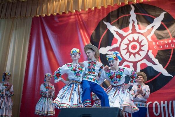 У Борщові пройшов фестиваль «Вставай Сонце»