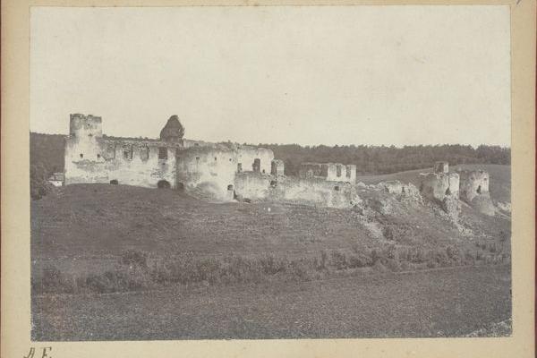 Сидорівский замок на фото 1890-их років