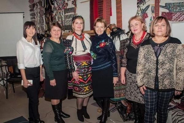 У Тернополі презентували проект національної співпраці  «Віртуальний простір борщівської сорочки»