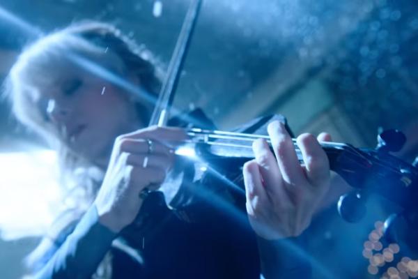 Український «Щедрик» на скрипці: 4 млн. переглядів за тиждень (Відео)
