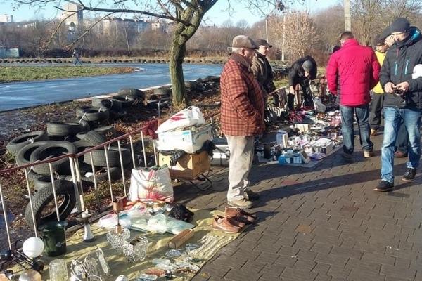 Тернопільський центральний ринок «переїхав» у парк Топільче (Фото)