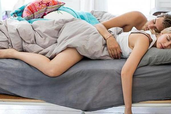 Багато спати, як і мало, шкодить здоров'ю