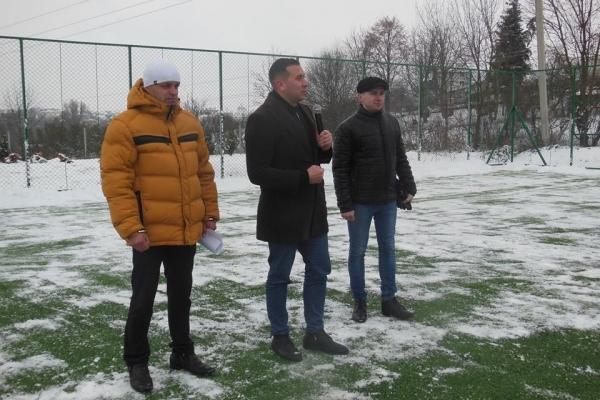 У Зборові відбувся турнір з міні-футболу на новому майданчику зі штучним покриттям