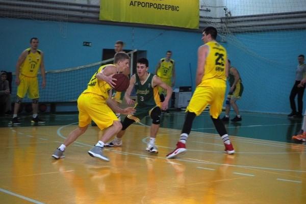«Малий» баскетбольний фінал у Тернополі