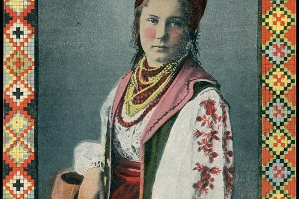 Акторка з Тернопільщини на ретро листівках