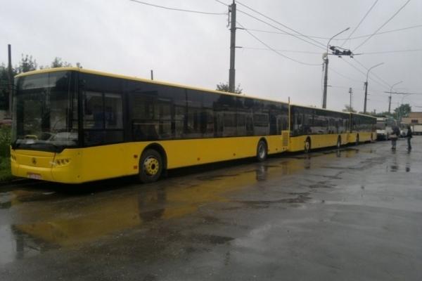 Коли у Тернополі почнуть курсувати нові автобуси?