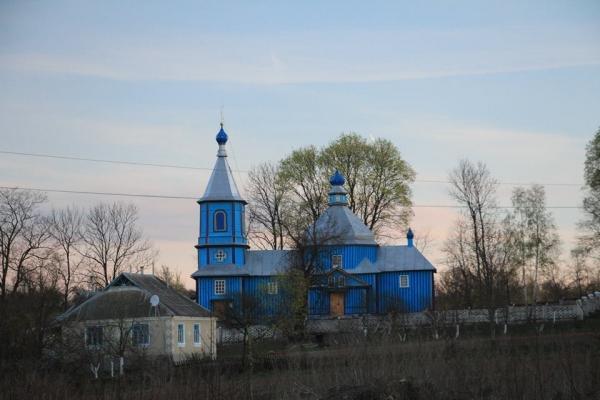 Шумський районний керівник «Правого сектору» звернувся до священника РПЦ в свому селі