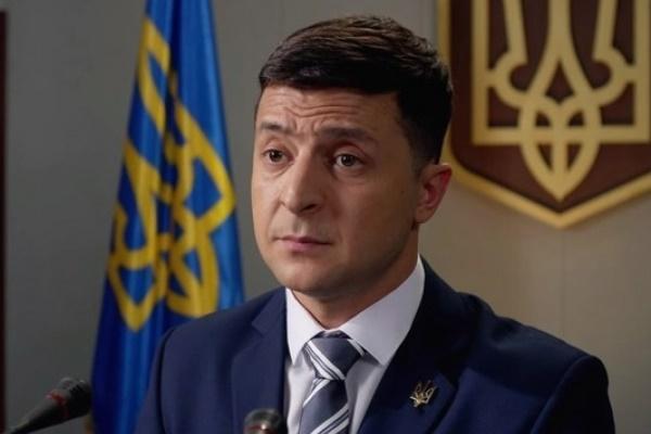 Зеленський отримав першу президенську зарплату