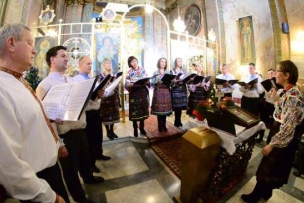 Хор з Тернополя неймовірно колядував у папській базилці у Ватикані (Відео)