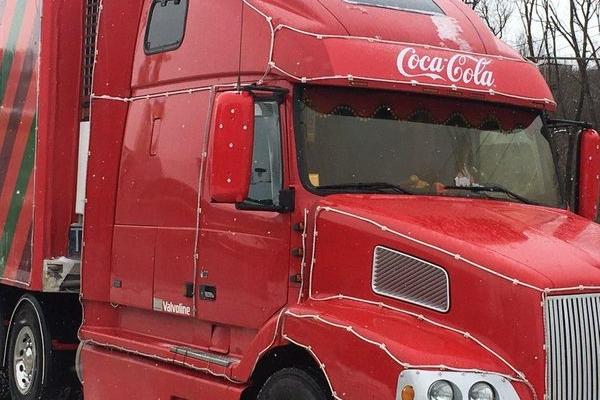 Казкова вантажівка Coca-cola вже в Тернополі (Фотофакт)
