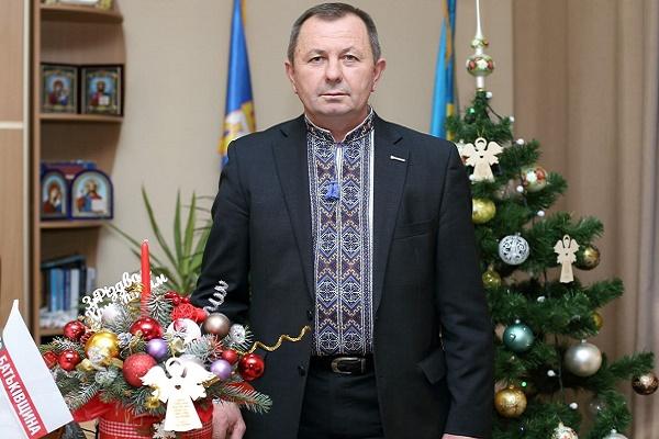 Василь Деревляний вітає краян з Різдвом Христовим