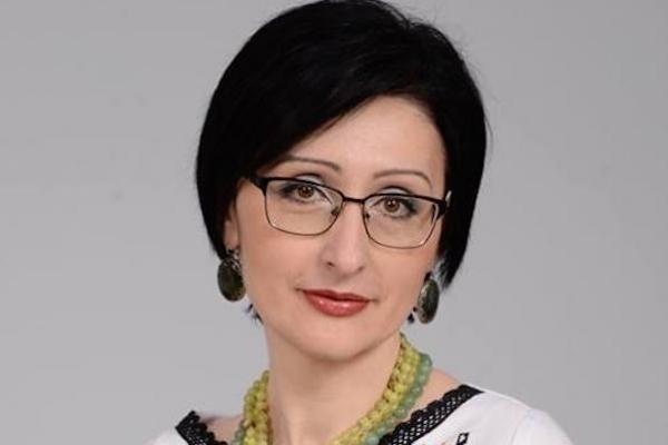 Поезію тернополянки Зоряни Замкової переклали азербайджанською мовою