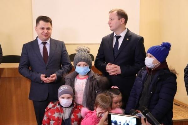У Тернополі онкохворі діти отримали різдвяні подарунки (Фото)