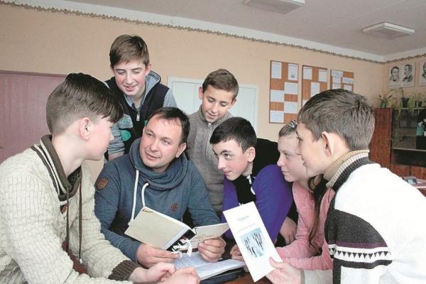 У священика з Тернопільщини тисячі прихильників у мережі (Відео)
