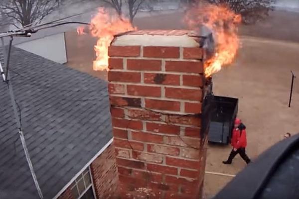 У Підгородньому через утеплювач ледь не згорів увесь будинок