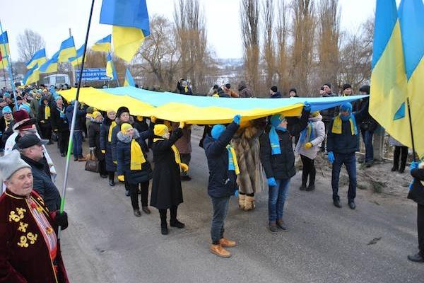 На межі Тернопільської та Хмельницької областей відбулася акція єднання приурочена 100-річчю від Дня Соборності України