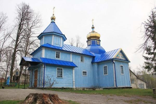 Громада села Cтінка на Бучаччині прийняла рішення перейти з московської у Православну церкву України