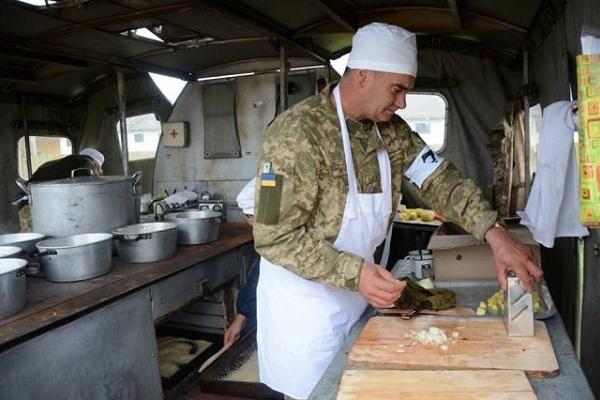 Водіїв, лікарів, кухарів та музикантів запрошують на роботу у військові частини Тернопільщини