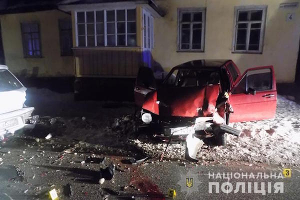 У Почаєві п'яний водій збив трьох людей